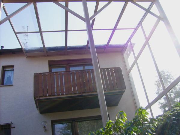 berdachungen f r terrassen und balkone. Black Bedroom Furniture Sets. Home Design Ideas