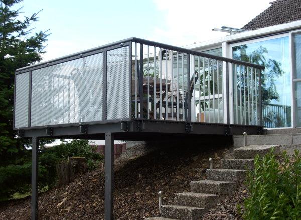 balkon berdachungen i. Black Bedroom Furniture Sets. Home Design Ideas